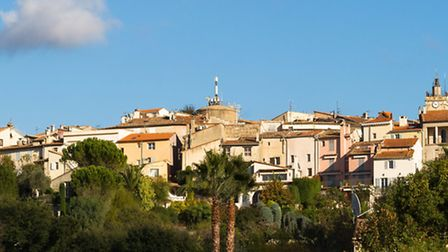 The town of Mougins in Provence where Picasso lived © Fotolia