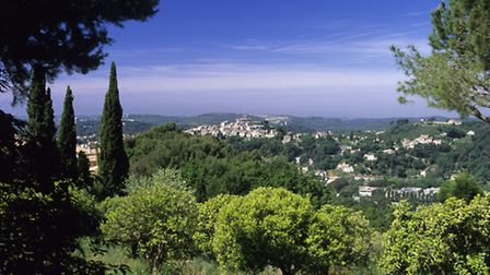 While Provence is known for its clement weather, you don't have to travel to the south of France to