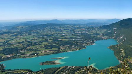 A panoramic view of Lac de Aiguebelette