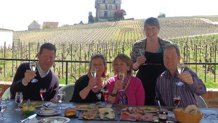In sunny weather, Rachel's clients enjoy lunch on the family terrace with a view of the vineyards