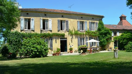 House buyers in France receive a dossier of information regarding the condition of the property