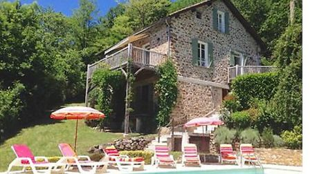 The next buyers of this house will enjoy a lovely terrace, swimming pool, river access and more