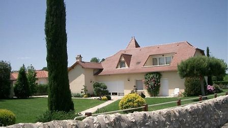 Recently built house in Aveyron with ground-floor bedroom, wet room and remote control-operated fitt