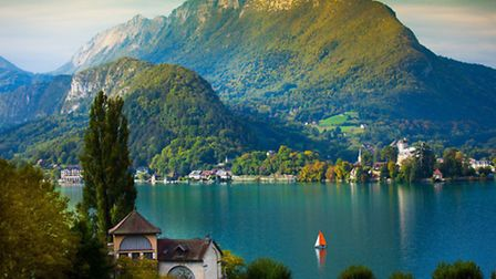 the beautiful Lac d'Annecy