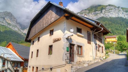 An exciting renovation project in the Alps