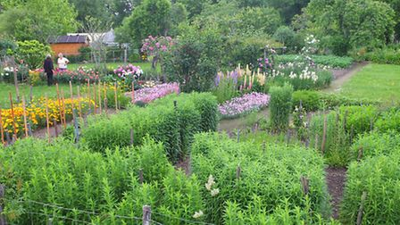 Property owners in France are required to keep their garden in good order