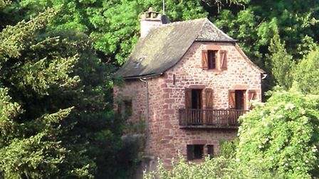 This property is just 20 minutes from Rodez and is on the market for 149,000 euros