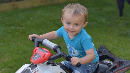 Brody Barnes has Retinoblastoma. His aunt and uncle are running the London marathon to raise money a