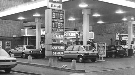 In 1986 a litre of four star would cost you 38.9p.