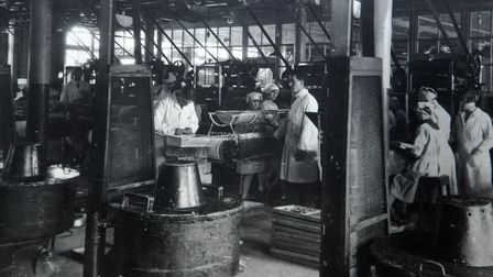 Bridewell Museum Caley's chocolate day 1921 copy pic of Caley's factory