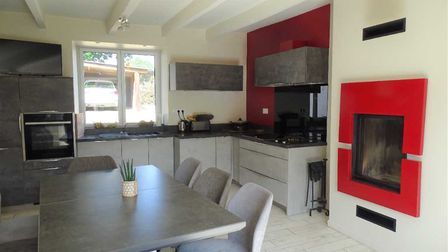 Four-bed stone house close to a Côtes-d'Armor town for sale with Agence Newton