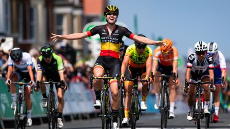 Jolien D'Hoore celebrates winning Stage 1 in a sprint finish at Southwold in 2018