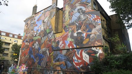 Giant mural of Battle of Cable Street on side of St George's Town Hall