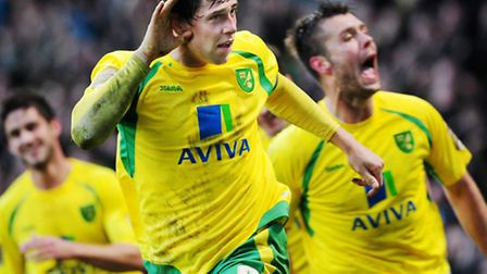 Grant Holt scores a late winning goal for Norwich against Reading. What would Norwich give for anoth