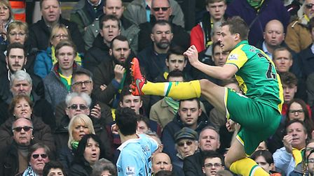 Ryan Bennett is back in the mix for Norwich City's Premier League clash against Newcastle United. Pi