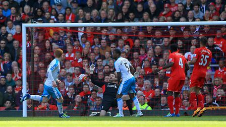 Newcastle United's Jack Colback scores his sides second goal of the match during the Barclays Premie