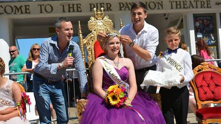 Luke Walsh crowns last year's Cromer Carnival Queen Charlotte Crane. Picture: DAVE 'HUBBA' ROBERTS