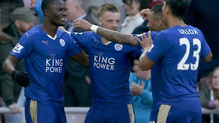 Leicester City's Jamie Vardy (centre) celebrates scoring his side's second goal of the game during t