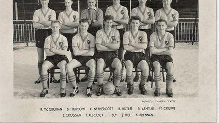 The picture and signatures of the Norwich City 1959 squad.
