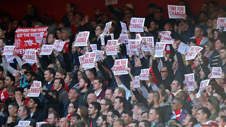 Arsene Wenger had to endure protests from some Arsenal fans during the 1-0 Premier League win over N
