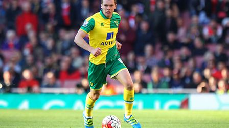 Jonny Howson of Norwich in action during the Barclays Premier League match at the Emirates Stadium,