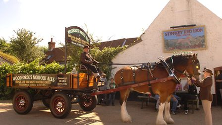 Woodfordes horse and dray