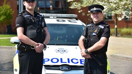 Acting Special Sgt Richard Roe and Special Constable Craig Saunders-Johnson will receive a resuscita