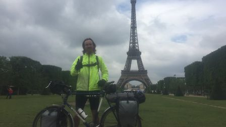 Joe Henry from Fring cycled the world. In Paris.