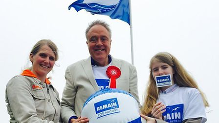 Hannah Berry (right) and her mother, Dr Bianca Finger-Berry (left) and Richard Howitt MEP (centre),