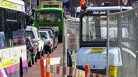 Norwich Roadworks on Prince of Wales in Norwich hold up traffic. <Photo by Natasha Lyster> 2001