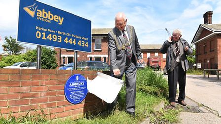 The Great Yarmouth Local History and Archaeological Society unveiling a new blue plaque commemoratin