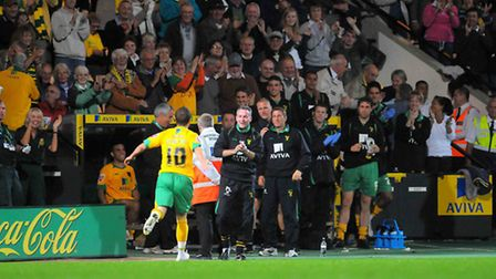 Jamie Cureton worked under Paul Lambert in the 2009/10 League One title success at Norwich City. Pic