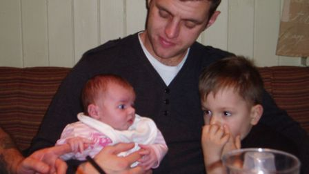 Lee Scott with Brooke and Kai before his death. Picture: Nikki Scott