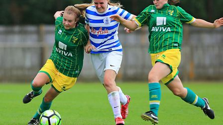 Ebony Wiseman, left, and Erin Wilson battle to regain possession. Picture: KEVIN RICHARDS