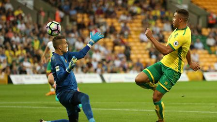 Carlton Morris of Norwich scores the opening goal to put Norwich 1-0 up. Picture: Jasonpix
