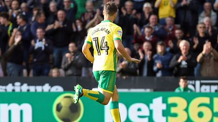Wes Hoolahan of Norwich celebrates scoring his sides first goal during the Sky Bet Championship win