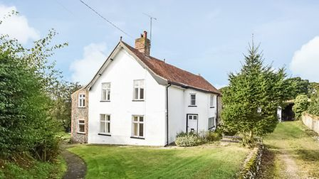 Valley Farmhouse in Holt