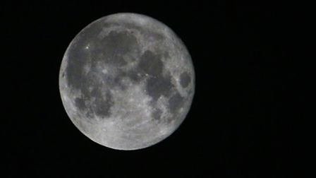 One of our Iwitness users waited patiently till 1.44 am to get a view of the beautful Supermoon in S