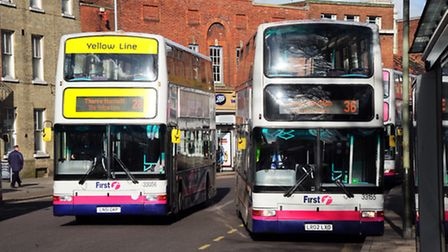 Travel on First buses in the morning will be cheaper for some passengers. Photo by Simon Finlay.