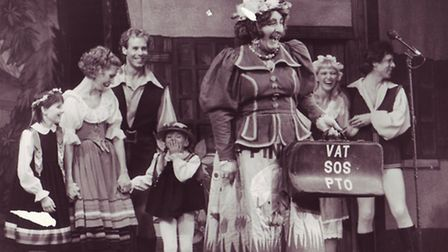 """Charlie Daze, as the dame, in the Norwich Theatre Royal's 1985 pantomine, """"Babes in the Wood"""". Photo"""