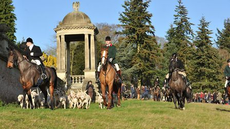 North Norfolk Harriers Boxing Day meet at Sennowe Park. Photo by Lenny Blakemore