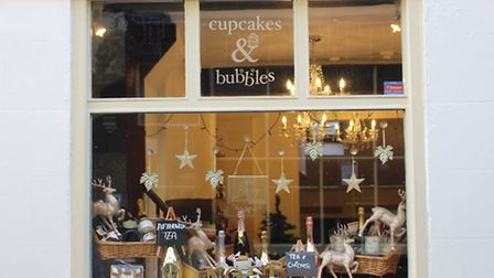 Cupcakes and Bubbles Christmas Window 2016. Photo by Emily Revell