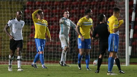 Emanuel Smith (l) of Gateshead FC doesn't react to scoring to make it 2-0 while King's Lynn Town FC