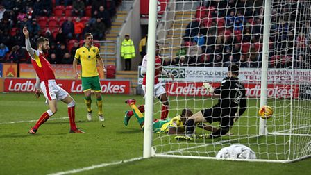 Cameron Jerome headed Norwich City level at Rotherham United. Picture by Paul Chesterton/Focus Image