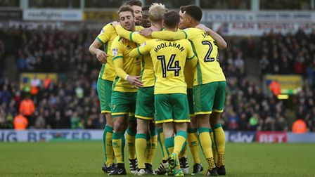 Steven Naismith of Norwich celebrates scoring his sides 1st goal during the Sky Bet Championship mat