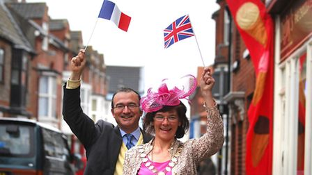 Flashback: 30th anniversary of the twinning of Cromer and Crest. Mayor of Cromer Hilary Thompson wit