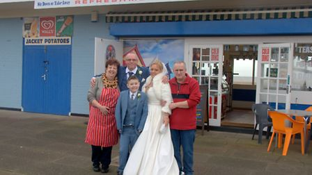 Jason and Melanie Price have held a breakfast brunch reception at Jakis Beach Hut Cafe in Great Yar