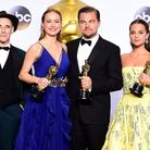 Mark Rylance with the Academy Award for Best Supporting Actor, Brie Larson with the Academy Award fo