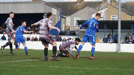 Lowestoft's Jake Reed's reacts quickly to nod the ball past the Kingstonian keeper. Picture: Shirley
