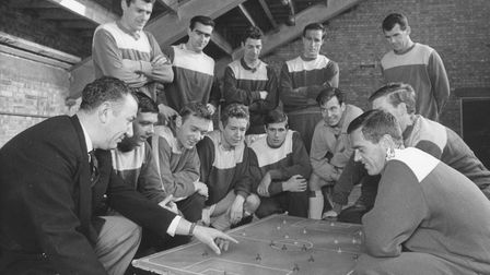 Football King's Lynn Linnets manager Len Richley discusses tactics with his squad on the eve of the